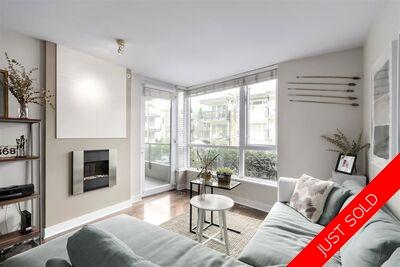 Lower Lonsdale Apartment/Condo for sale:  1 bedroom 656 sq.ft. (Listed 2020-10-07)